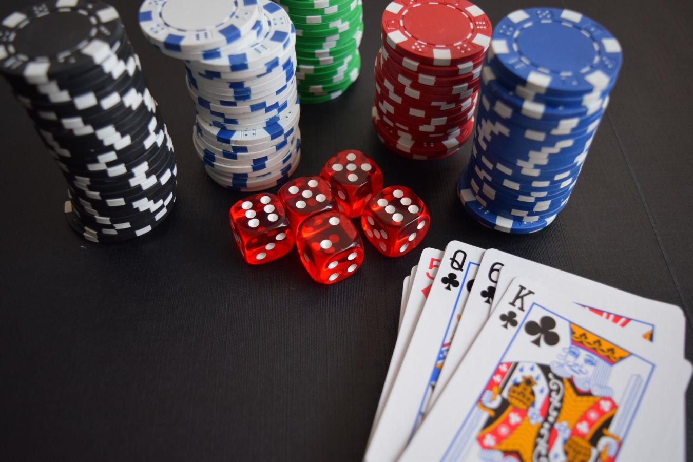 株式投資とギャンブルの違いを解説